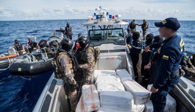 Drogue saisie par la Marine : les suspects inculpés et écroués