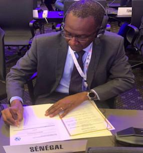 Signature, en Égypte, des Actes finals de la Conférence Mondiale des Radiocommunications par M. Abdoul LY, DG de l'ARTP