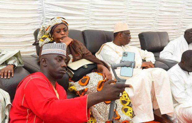 Macky Sall, en compagnie de Marième Faye présente ses condoléances à la famille de Khalil,un ami de Amadou Sall