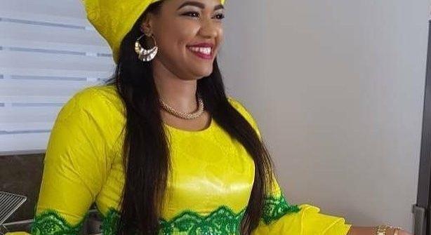 Ya Awa quitte la 2stv pour la Tfm : Elle brise le silence «J'ai proposé au directeur des Programmes Bouba Ndour de.