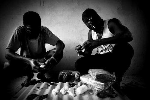 Drogue: deux trafiquants tombent à la Cité Mixta avec de la cocaïne