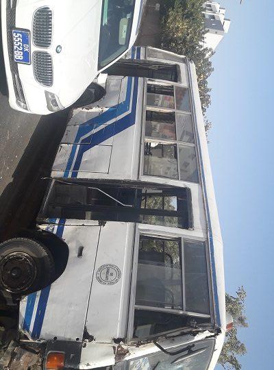 Patte d'Oie : Un Bus Tata ligne 2 projette violemment une charrette sur un véhicule