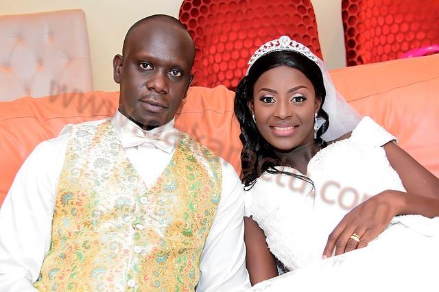 Le mariage royal de Laurent Sène, DG de la chaîne d'hôtels Fleur de Lys et son épouse Aida Sène