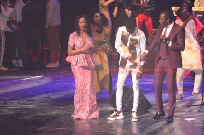 VIDÉO : Le Neymar de la musique, El Hadj Keita réussit son challenge de remplir le grand theatre.