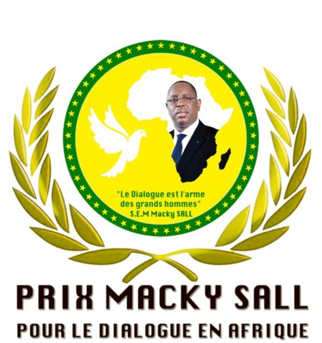 Dialogue politique et social: « Le prix Macky Sall » décerné à Maman Gima, veuve de Jomo Kenyatta