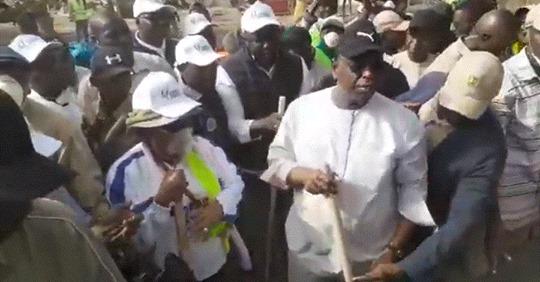 """Opération """"Sénégal Zéro déchet"""": Macky Sall lance officiellement le """"Cleaning day"""""""