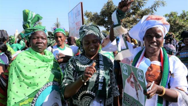 Gambie: des manifestants demandent le retour de l'ex-président Yahya Jammeh