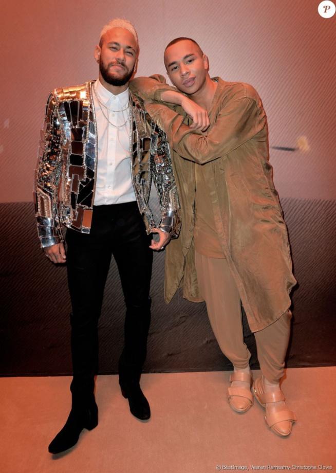 Neymar Jr: Le n°10 du PSG brille de tout son éclat à la Fashion Week