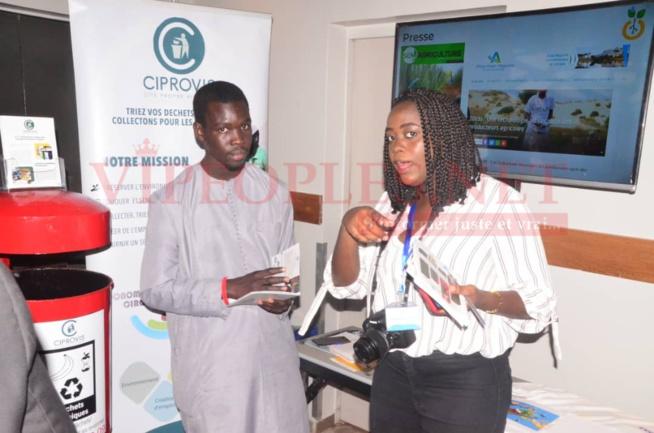 Les images de la journée des START-UPS por promouvoir l'entreprenariat sénégalais avec la FDSUT.