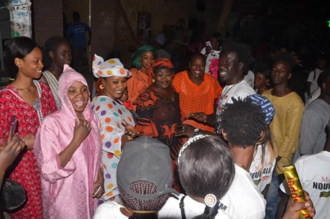 VIDÉO: 3000 Albums vendus en 24H, le fils de Moustapha Mbaye, Tarba Mbaye bat le record en 2020.