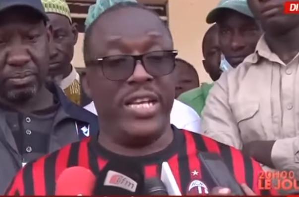 Cheikh Oumar Anne : « Pape Alé Niang et Nafi Ngom Keïta sont des maître-chanteurs »
