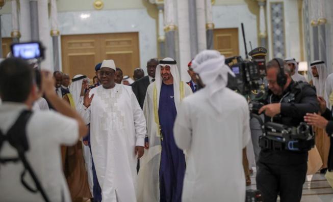 Voyage officiel du Président Macky SALL à Abu Dhabi, rencontre au Palais Qasr el Watan.