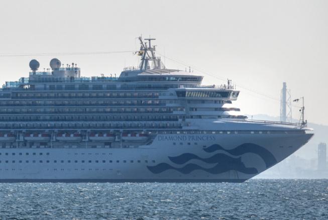 Japon: l'épidémie de coronavirus s'aggrave à bord d'un bateau de croisière