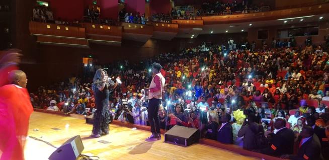 Tarba Mbaye réussit son entré au grand théatre avec un cocktail riche en spectacle avec Pama Dieng, El Hadj Keita, Petit Bara, Sidy Diop et Daba Séye.