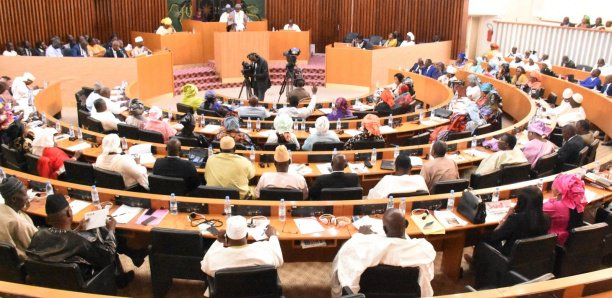 Assemblée nationale: les députés examinent 3 projets de loi, ce lundi