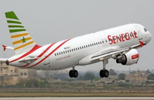 Fermeture des frontières aériennes: les salaires des travailleurs d'Air Sénégal sont pas menacés (Ministre)