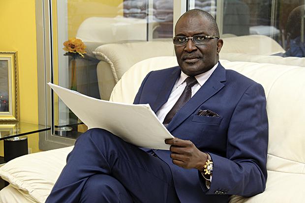 Riposte contre le Covid 19 - Fondateur et PDG de SEDIMA GROUP: Babacar Ngom casque 100 millions de FCfa
