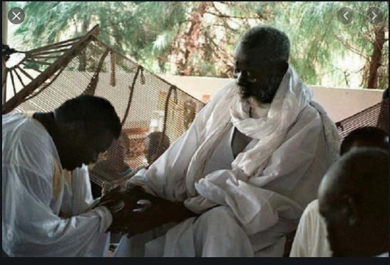 17 AVRIL 1946 - 17 AVRIL 2020: 74 ans que Cheikh Béthio rencontré Serigne Saliou Mbacke