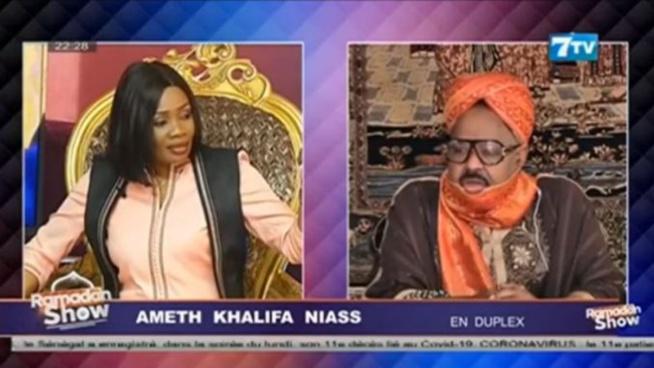 AHMED KHALIFA NIASS À MAIMOUNA NDOUR FAYE : «GUISS MBAAKH DOU TÉRÉ FOON SA DIEUKEUR, WALLA YAAW DOKKO DÉF?» (VIDEO)