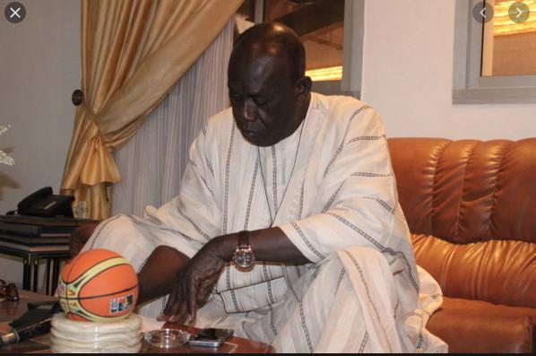 Le Pdt Baba Tandian dans son combat de soutient au force covid19 va remettre un important don à l'hôpital Idrissa Pouye ex CTO.
