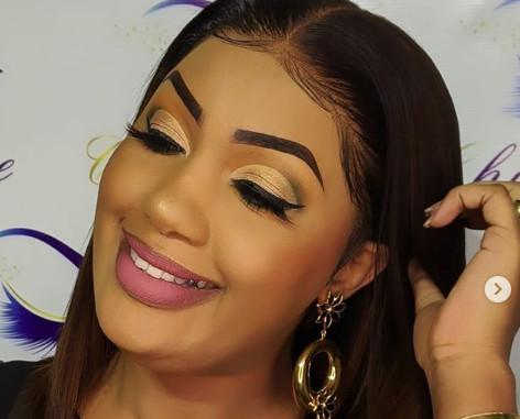 Dieynaba Seydou Bâ de la Tfm, une femme aux multiples facettes« …Nous les Peul, nous sommes belles » Regardez
