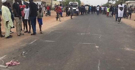 Un enfant de -10 ans percuté mortellement par un policier à Sara-Nimzatt,les tristes images (photos)
