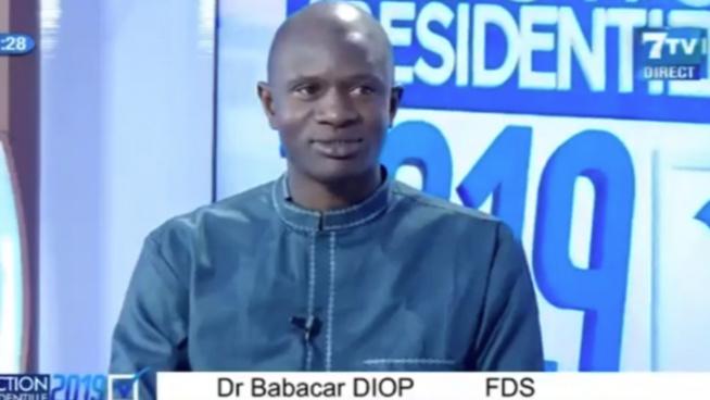 """Dr Babacar Diop après la levée de l'Etat d'urgence : """"Il nous faut un référendum, Macky a démissionné"""""""