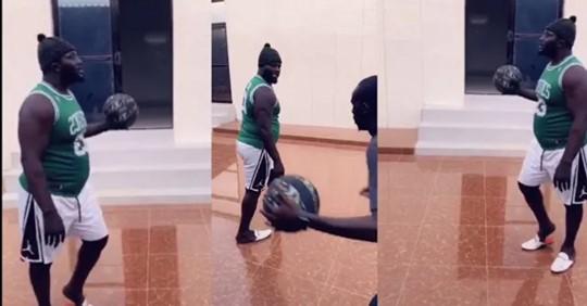 Balla Gaye 2 joue au basket dans sa nouvelle maison avec l'animateur Saliou Khoulé