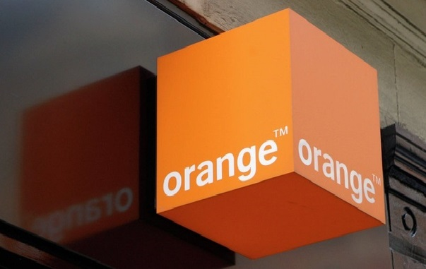 La colère contre Orange ne faiblit pas: un collectif de ses abonnés face à la presse mercredi, avec un plan d'action en vue