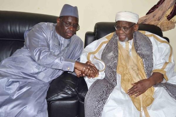 Décèes des Khalifes de Médina Baye et de Mbeuleukhé.: Le Président Sall présente ses condoléances à la Ummah islamique