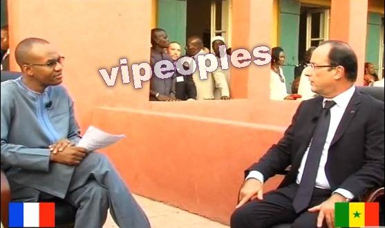 Qui est le plus à l'aise sur cette photo, Mamadou Ibra Kane ou François Hollande?