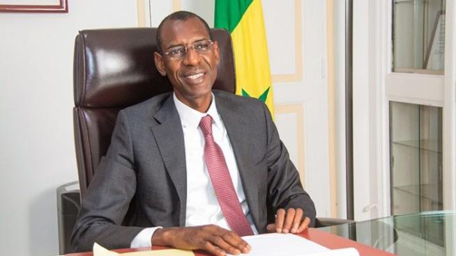 Covid-19 : Abdoulaye Daouda Diallo interdit de congés le personnel de son ministère