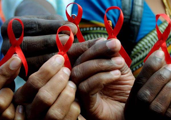 Sida au Sénégal - Les homosexuels, les prostituées, Kolda, Ziguinchor, les gendarmes, les plus touchés