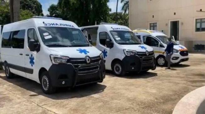 Lutte contre la COVID-19 : Le Sénégal fait un don de 03 ambulances médicalisées à la Guinée-Bissau