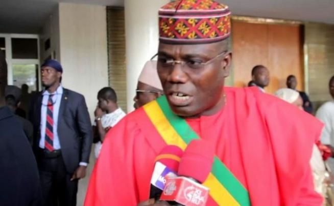 """Abdou Mbacké Bara Dolly: """" si le Président Macky Sall songe à rééditer le coup de Wade, ce sera..."""""""