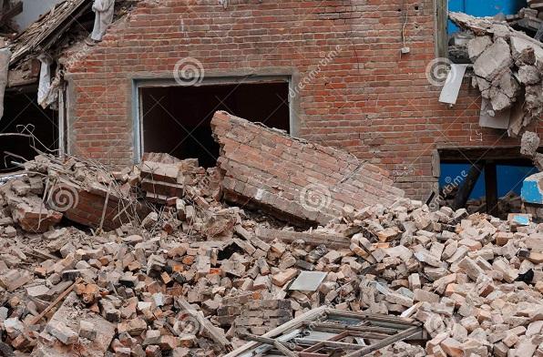 Maisons effondrées, colère des populations : à Tamba, après la pluie, le sale temps