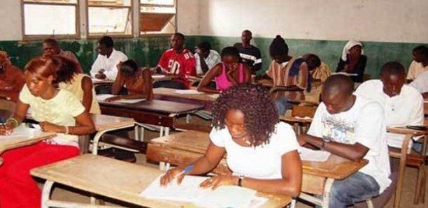 """102 Admis d'office au centre du Lycée de Matam , 21 mentions """" Assez-Bien"""""""