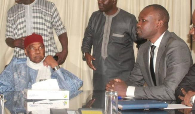 """""""Macky Sall le 1er à aller en prison"""" - Ousmane Sonko ne donne aucune garantie à Me Wade"""
