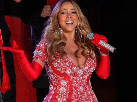 Mariah Carey : une jolie mère Noël au décolleté XXL !