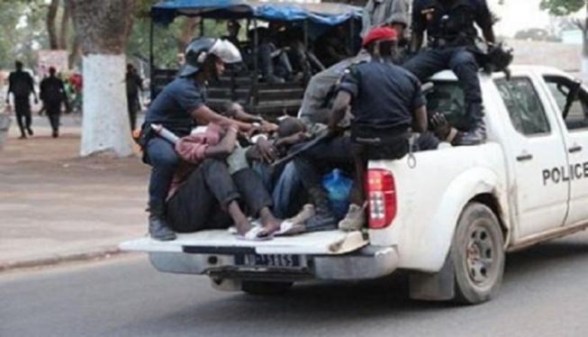 Port du masque: La police de Mbour interpelle 432 personnes et récolte plus de 2 millions FCfa en 12 jours
