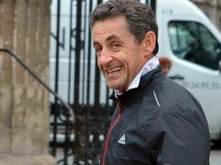 Nicolas Sarkozy : Jogging et séance photo, on s'aère loin du tumulte