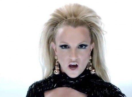 Britney Spears : elle reprend son rôle de Britney Bit** dans le nouveau clip de Will.I.Am !