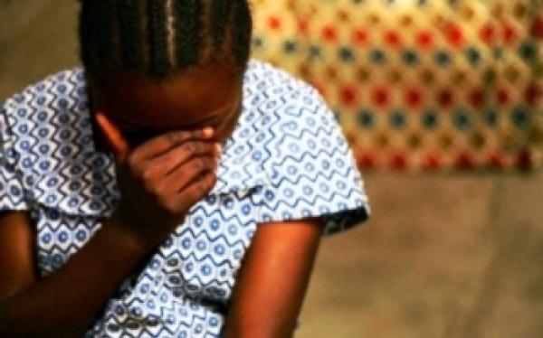 Détournement de mineure et attentat à la pudeur : un vieux pervers engrosse une fille de 15 ans et tente de la faire avorter