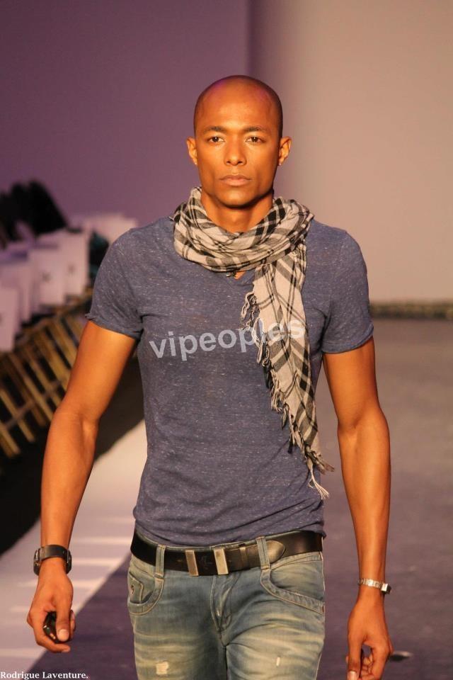 Voici le play boy sénégalais Ahmadou henaine