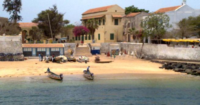 Manque d'eau à l'Île de Gorée: Les marins français au chevet des populations