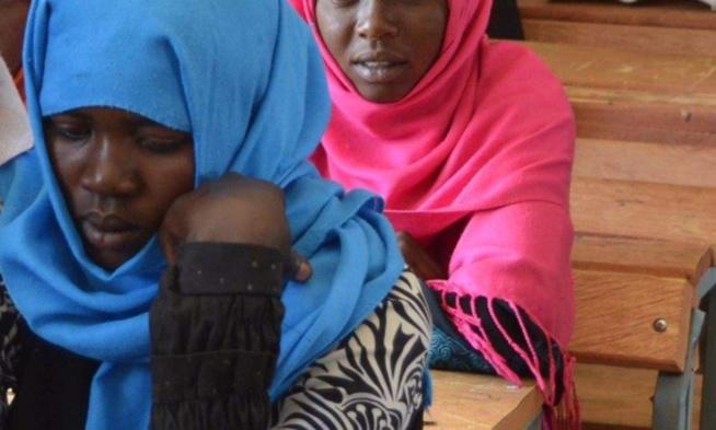 Bac 2020 - Après avoir accouché au 2ème jour de l'examen, elle termine 1ère de son centre
