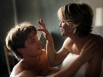 Robin Wright, totalement nue, et Naomi Watts dans Two Mothers