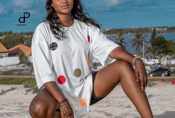 Mame Diarra Mbaye « Sen Petit Gallé » la nouvelle recrue de Pod enflamme la toile avec ses nouveaux clichés…