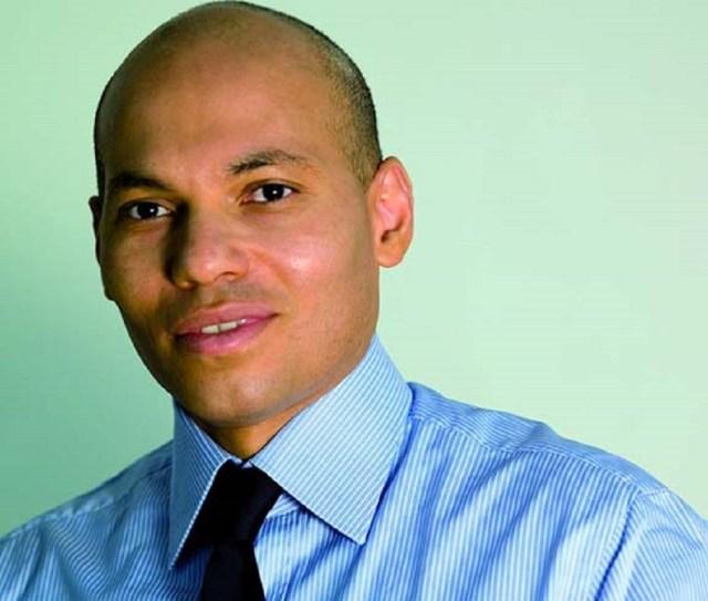 Karim Wade - Un vol retour à 138 milliards F CFA: le pouvoir ne se ramasse pas sur Watsapp