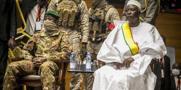 Le président malien prête serment, la Cédéao maintient les sanctions
